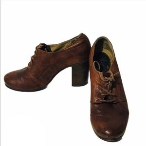 Frye Carson Hell Oxford Brown Lace Up Shoes
